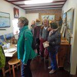 Besucher in Künstlergalerie Oostkapelle