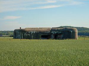 Bunker im Kornfeld bei Zoutelande
