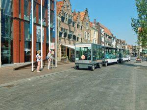 Zonnetrein vor Museum in Vlissingen