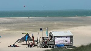 Top-Tipp Vrouwenpolder - Surfstation am Strand