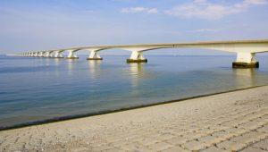 Zeelandbrücke Totale
