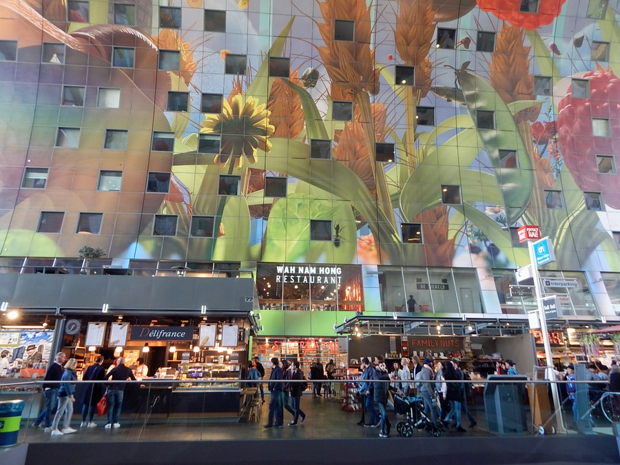 Die Markthalle Rotterdam bietet viele internationalew Spezialitäten